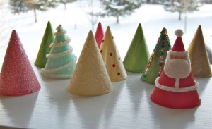 2010-christmascones